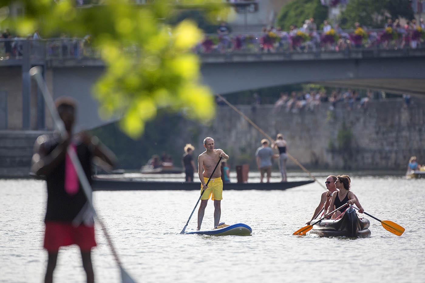 Wasserspaß auf dem Neckar