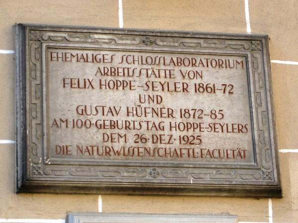 In Tübingen sind viel wichtige Entdeckungen gemacht worden. Auf dieser Führung erfahren Sie davon.