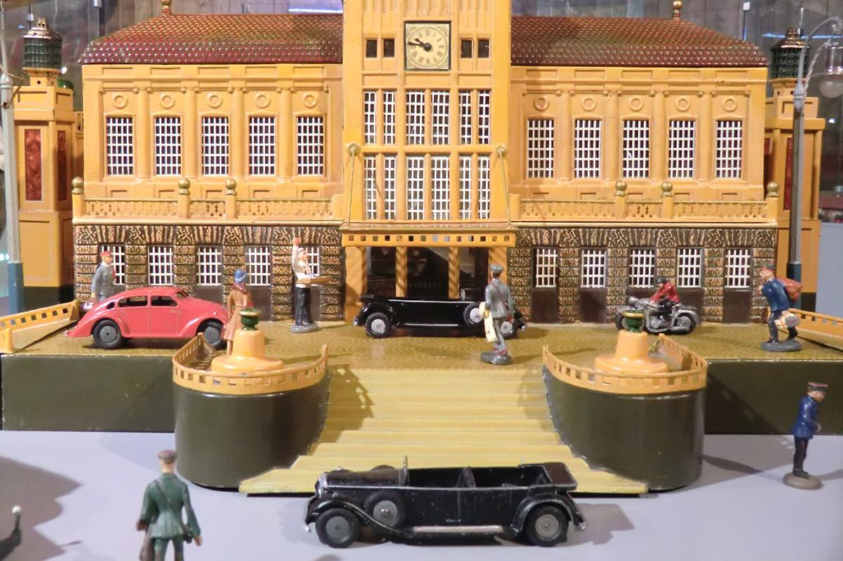 Museum Boxenstop Tübingen_Bahnhof