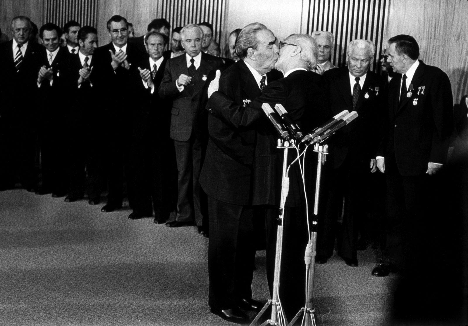 Leonid Breschnew, Erich Honecker, 30. Jahrestag der DDR, Berlin-Ost, 1979
