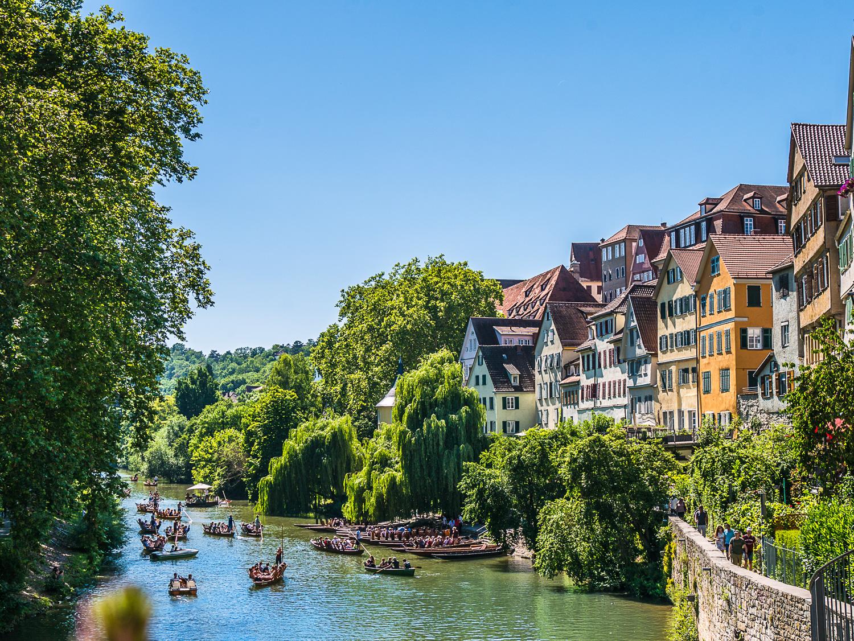 Wasservergnügen auf dem Tübinger Neckar