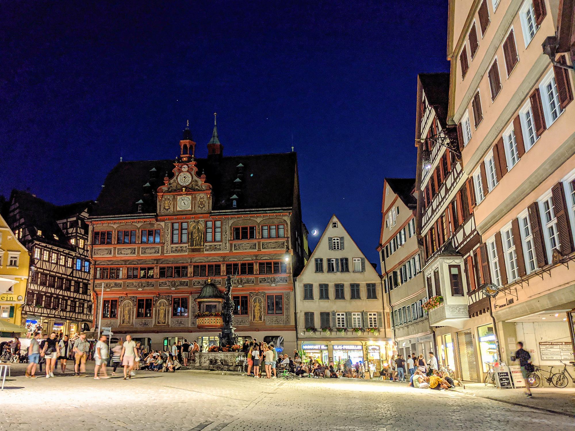 Marktplatz in den Abendstunden