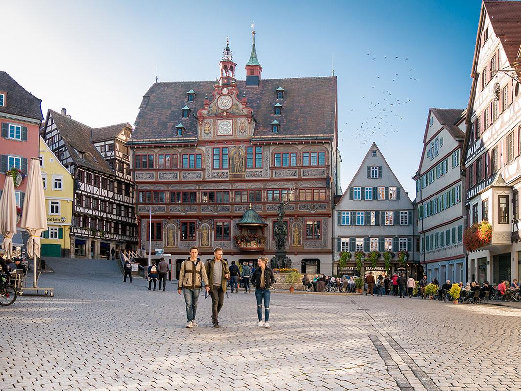 Marktplatz in der Altstadt in Tübingen