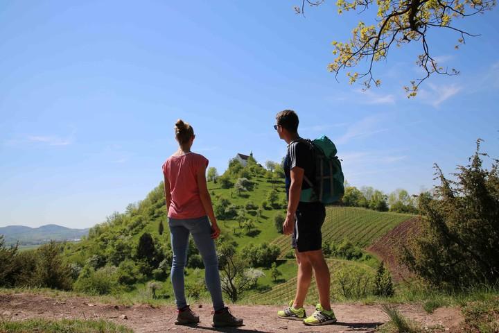 Wandern an der Wurmlinger Kapelle